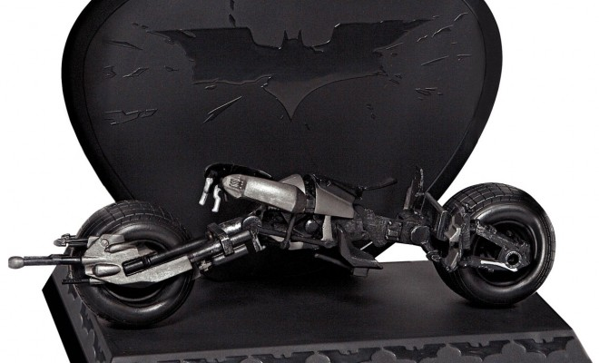 The Dark Knight Blu-ray Bat Pod Details and Images