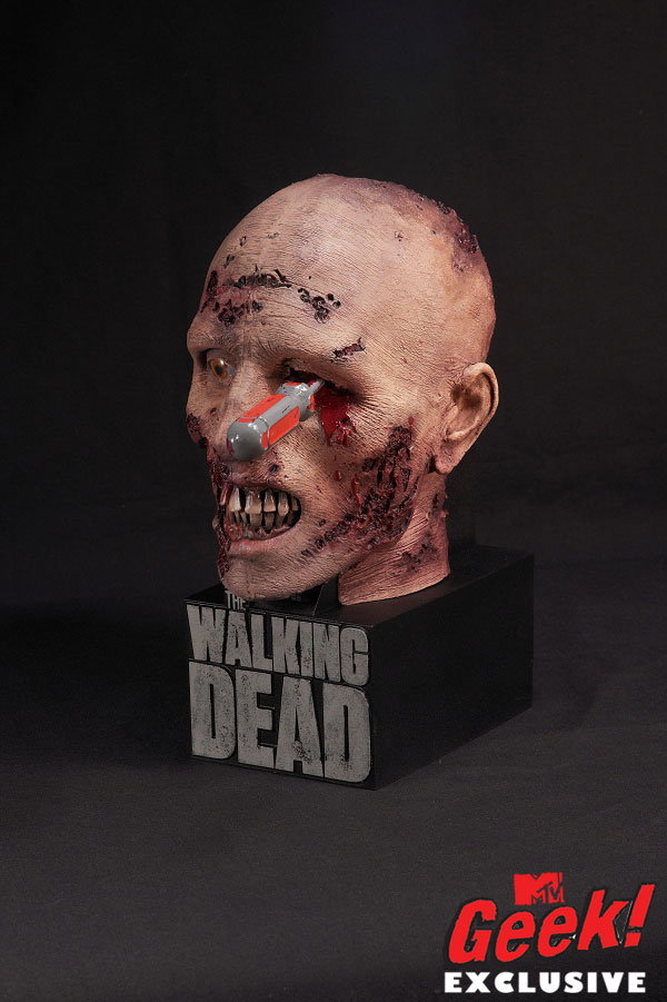 The Walking Dead Season 2 McFarlane Toys  Blu-ray Case Will Poke Your Eye Out