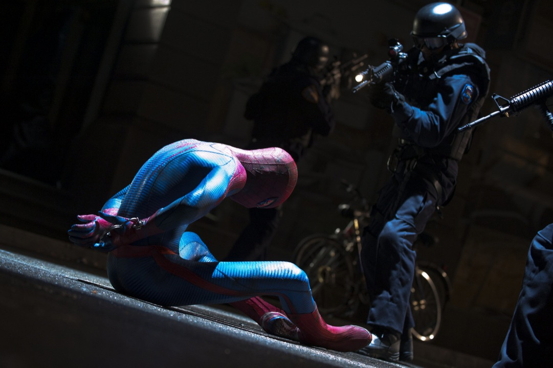 The Amazing Spider-Man Trailer Teases Put a Coat on The Lizard