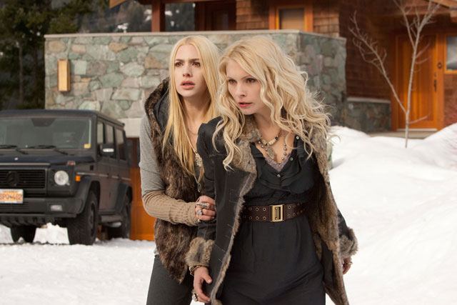 Breaking Dawn Part 2 Images and Trailer: Kristen Stewart and Renesmee