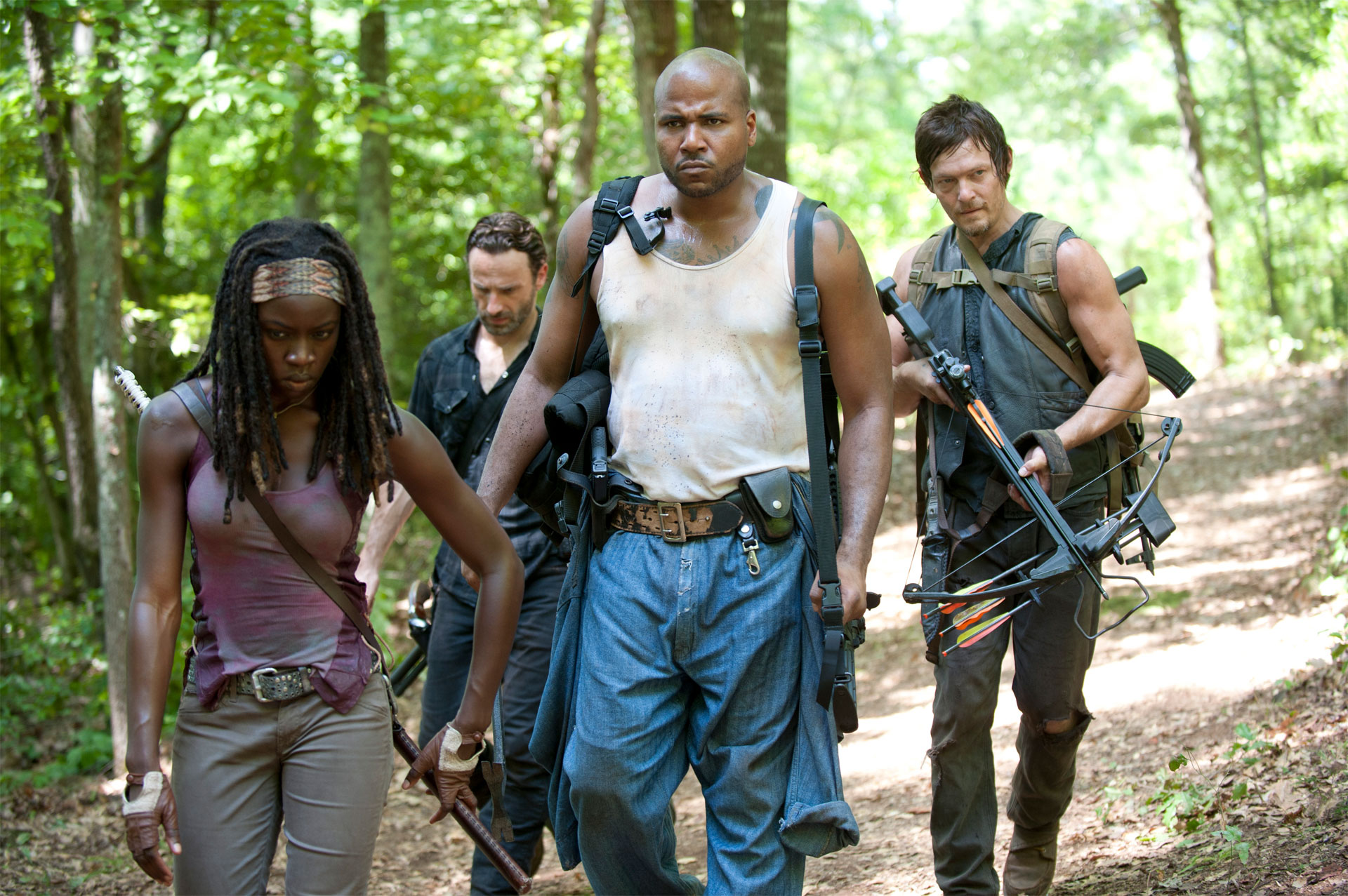 Two New The Walking Dead When the Dead Come Knocking Images Form a Team