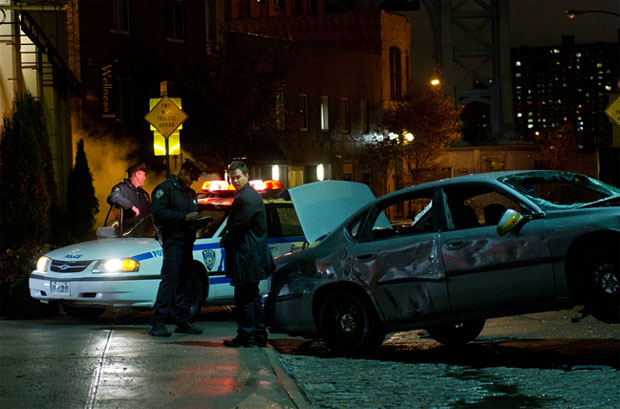 Broken City Review: Shatters Under a Shoddy Script