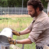 Watch The Walking Dead Season 4 Premiere Online Streaming '30 Days Without an Accident'