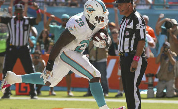 Watch Dolphins vs Bears live streaming