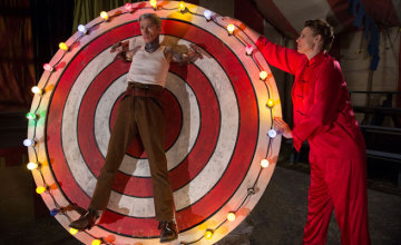 Watch American Horror Story Freak Show online free streaming episode 506 Bullseye