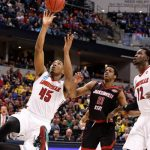 Watch Louisville vs Michigan online